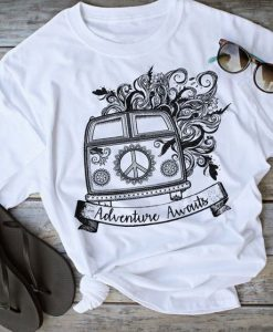 Adventure Awaits Tshirt LE10M0
